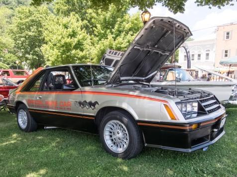 2017_06 Berkeley Springs Car Show-106