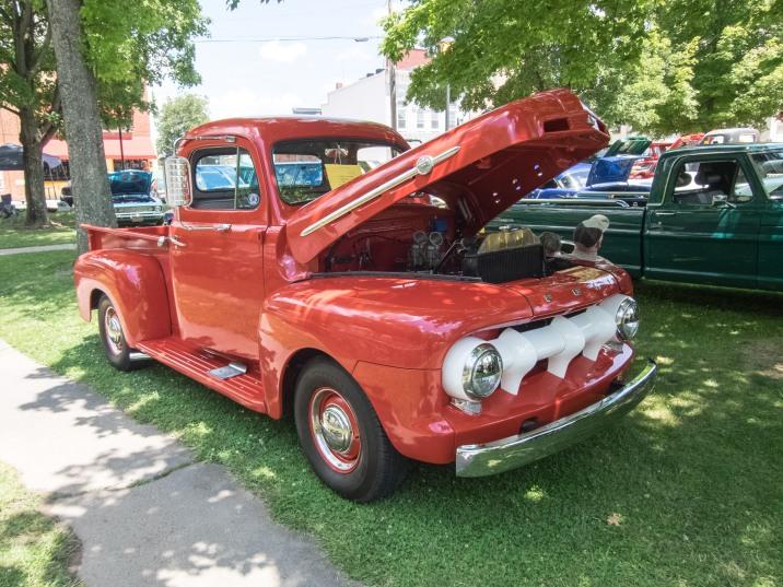 2017_06 Berkeley Springs Car Show-113